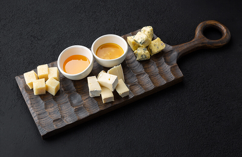 Заказать сырное плато